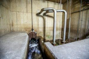 Hochwasserpumpwerk mit elektrischem Ablaufschieber